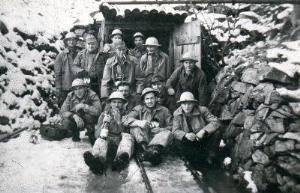 Foto de grupo a la salida del grupo
