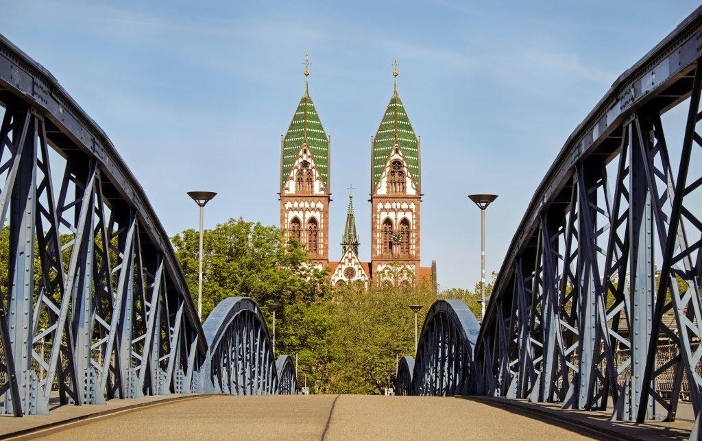 iglesia, corazon de jesus, puente