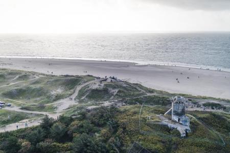Vista desde el faro sobre la playa de Blåvand.
