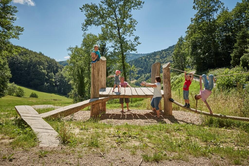 LEPO Erlebnisbereich Holz