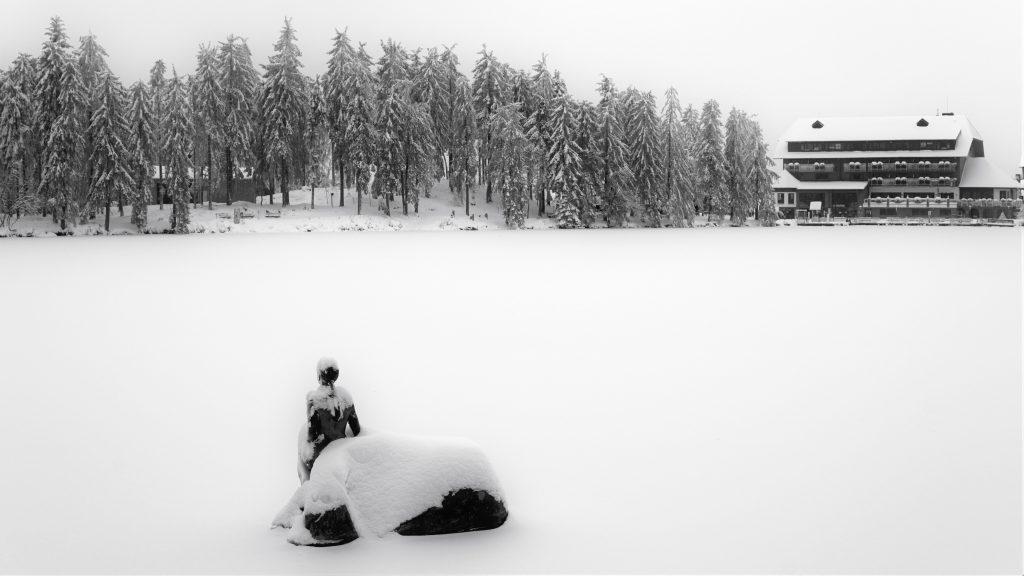 lake, frozen, hotel